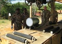 Снятие боевой части ракеты 5В27Д в Республике Мозамбик